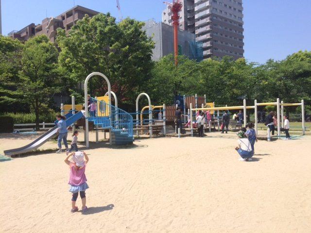 阪神競馬場内公園